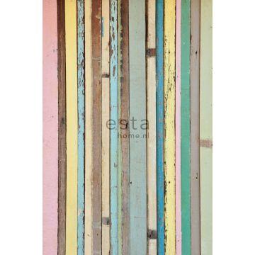 fotomural madera pintada rosa claro, amarillo, azul y verde